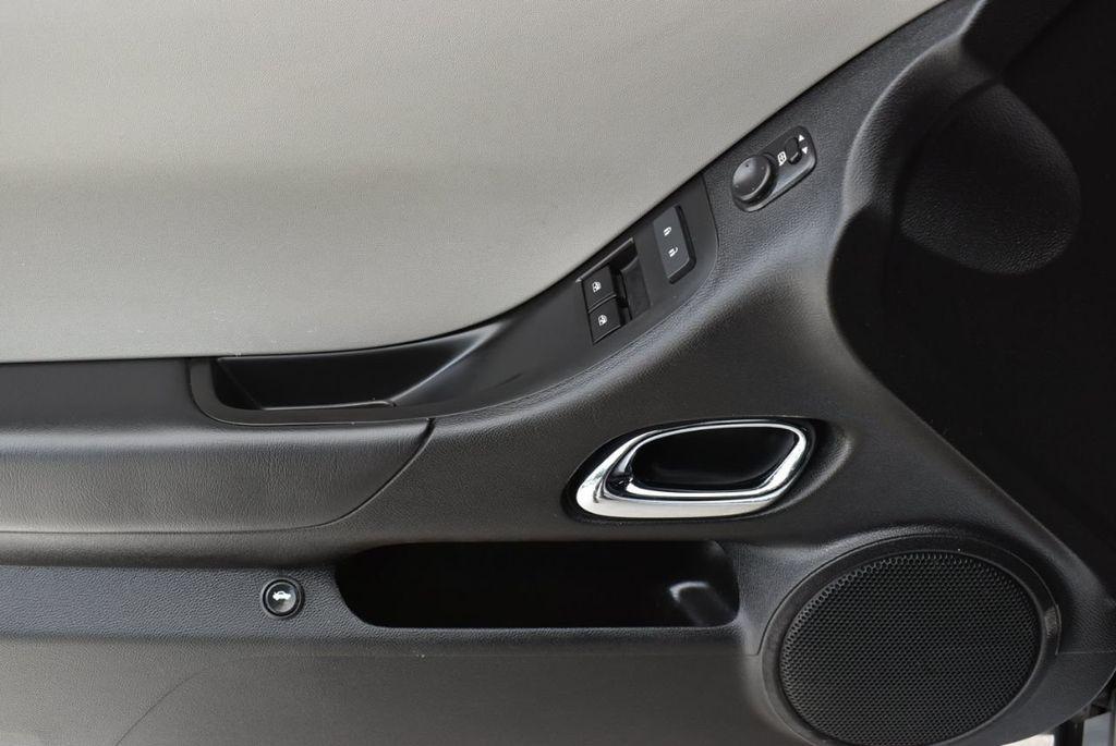 2015 Chevrolet Camaro 2dr Coupe LS w/2LS - 18336097 - 13