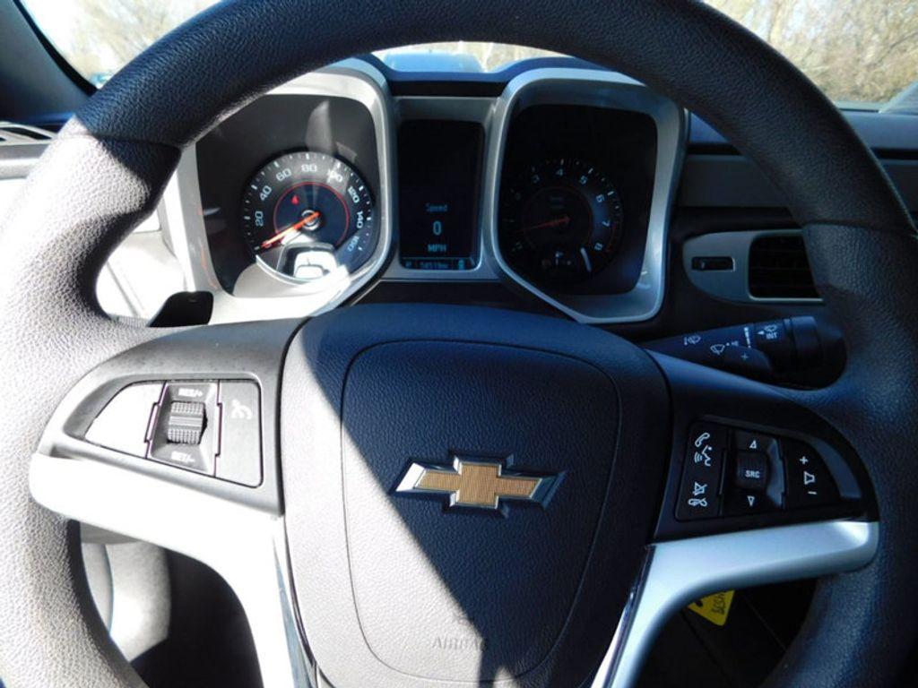 2015 Chevrolet Camaro 2dr Coupe LS w/2LS - 18491730 - 9