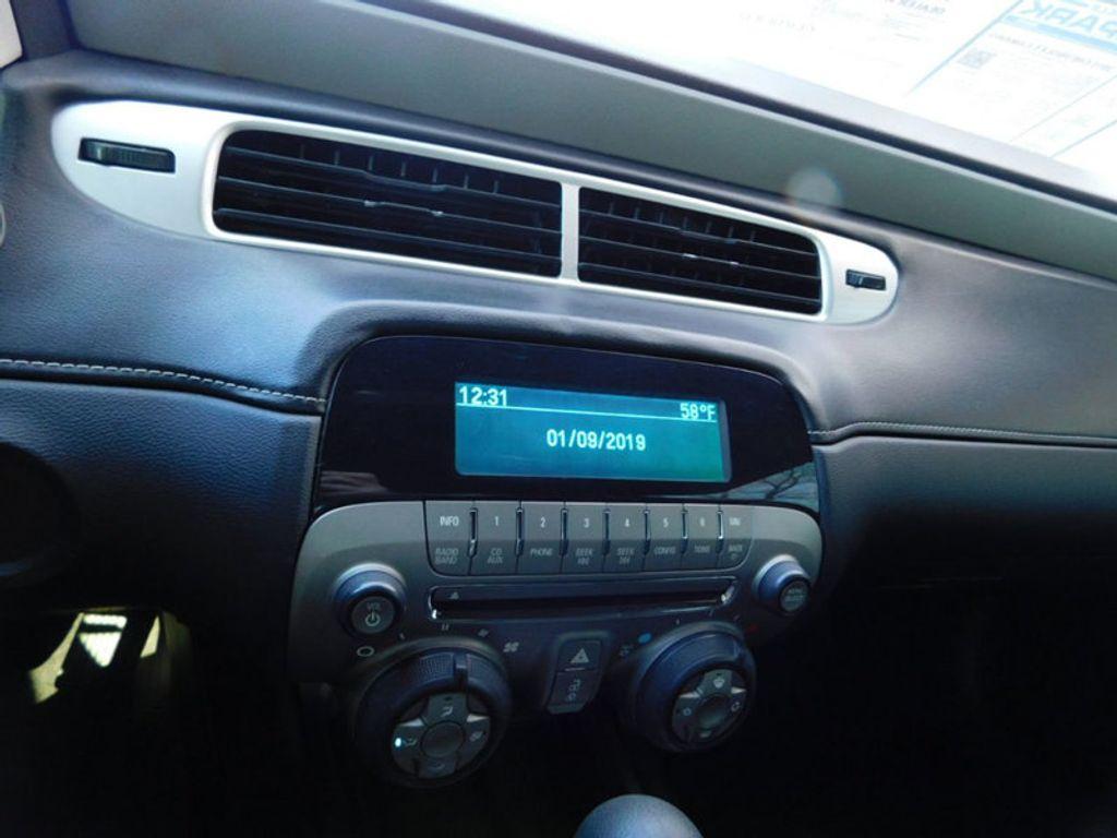 2015 Chevrolet Camaro 2dr Coupe LS w/2LS - 18491730 - 11