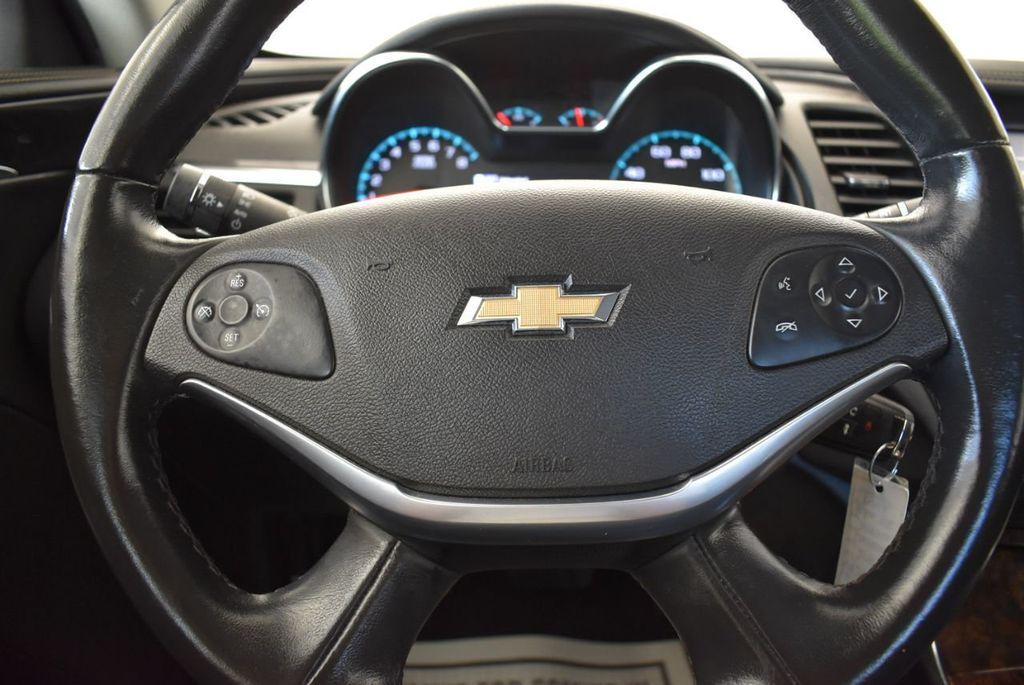 2015 Chevrolet Impala 4dr Sedan LT w/1LT - 18180316 - 17