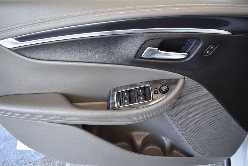 2015 Chevrolet Impala 4dr Sedan LT w/1LT - 18025405 - 23