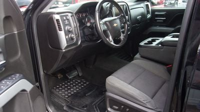 2015 Chevrolet Silverado 3500HD 4WD CREW CAB LTZ  - Click to see full-size photo viewer