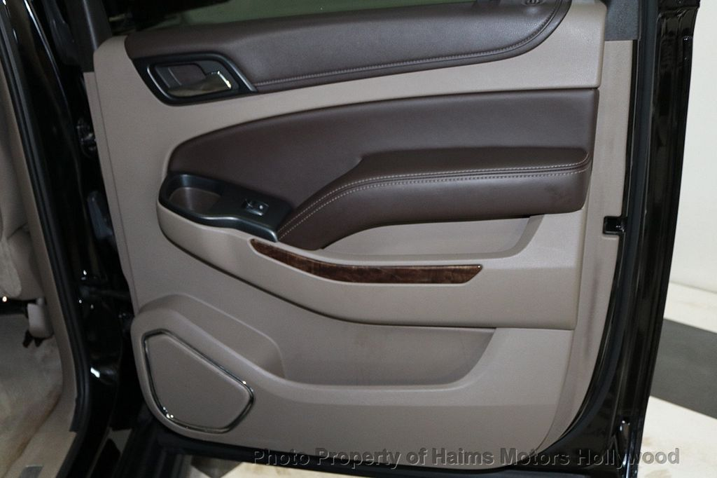 2015 Chevrolet Suburban 2WD 4dr LT - 18327136 - 12