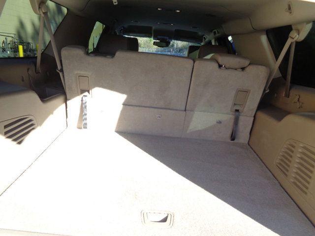 2015 Chevrolet Suburban 2WD 4dr LT - 18016326 - 11