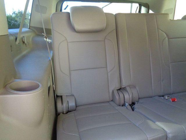 2015 Chevrolet Suburban 2WD 4dr LT - 18016326 - 15