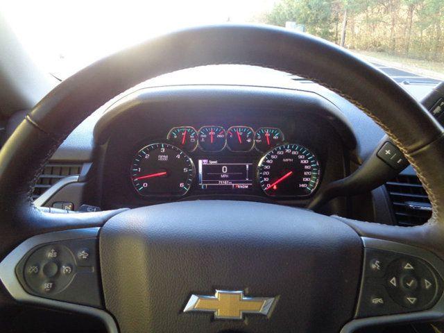 2015 Chevrolet Suburban 2WD 4dr LT - 18016326 - 16