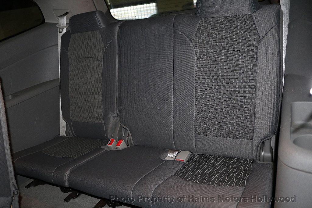 2015 Chevrolet Traverse FWD 4dr LT w/1LT - 18156040 - 17