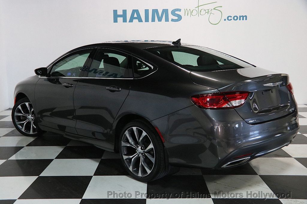 2015 Chrysler 200 4dr Sedan C AWD - 17324855 - 4