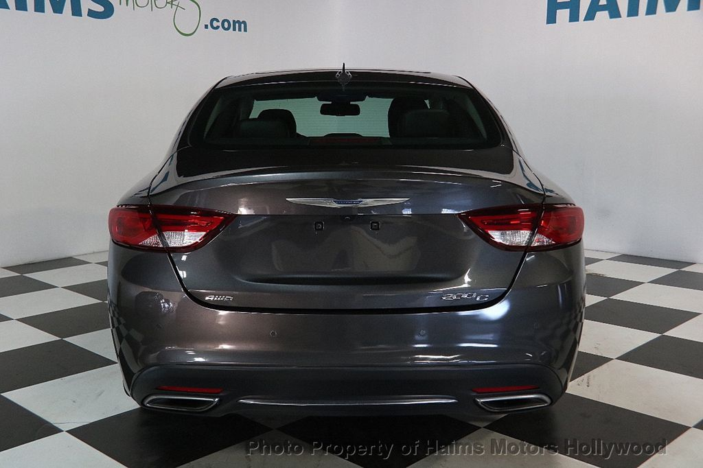 2015 Chrysler 200 4dr Sedan C AWD - 17324855 - 5
