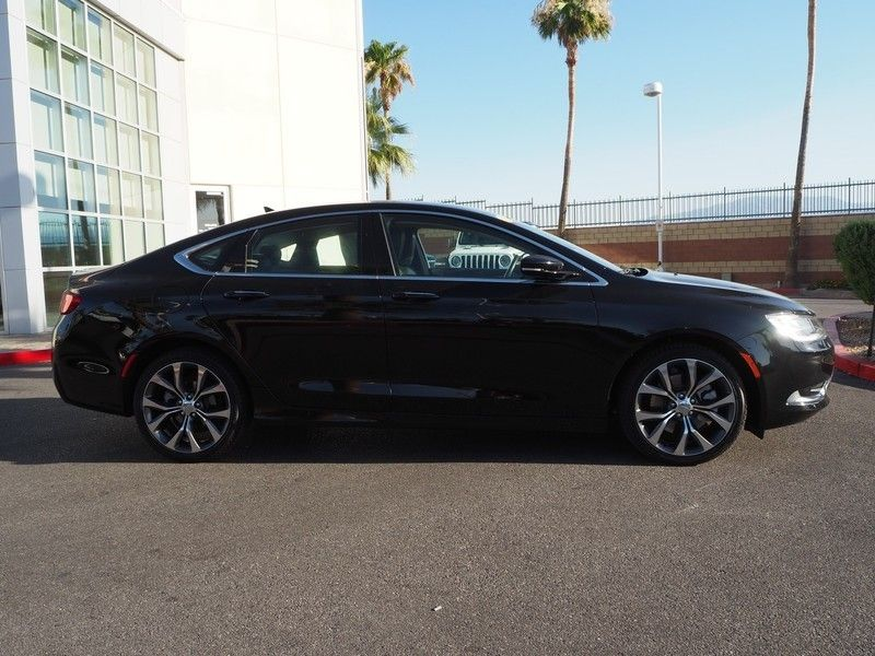 2015 Chrysler 200 4dr Sedan C FWD - 17685163 - 3