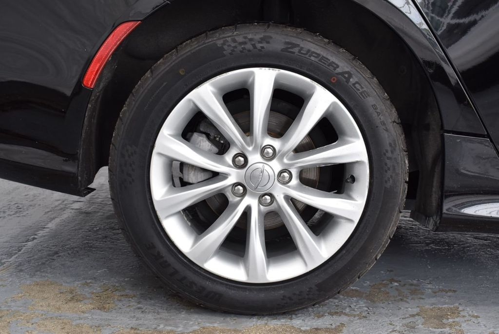 2015 Chrysler 200 4dr Sedan Limited FWD - 18359539 - 9
