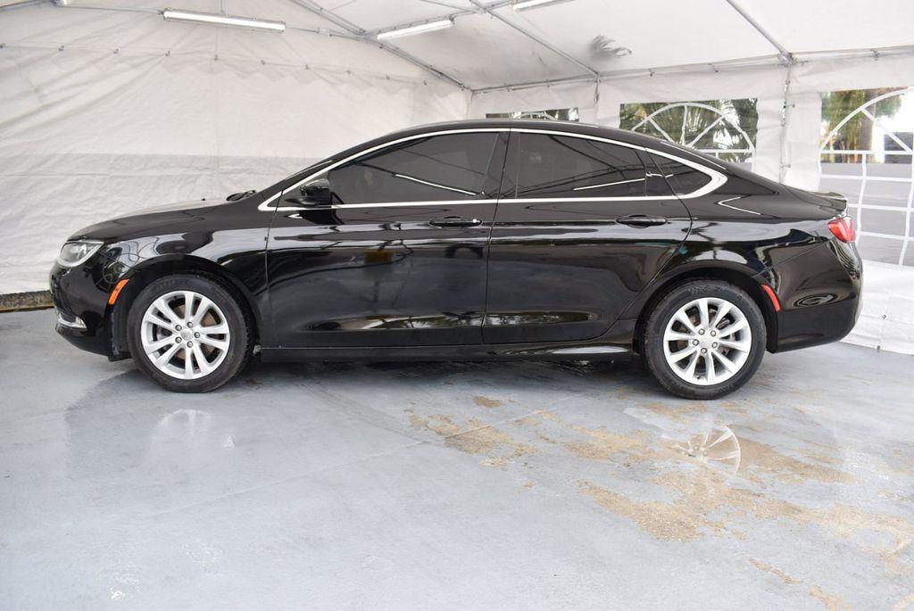 2015 Chrysler 200 4dr Sedan Limited FWD - 18359539 - 4