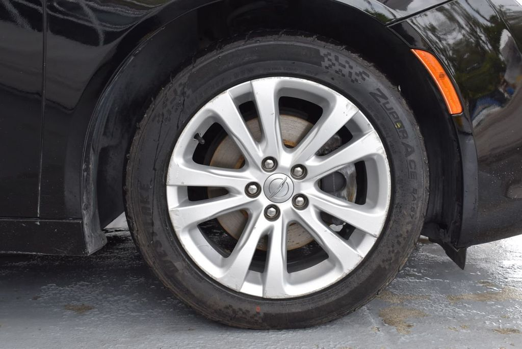 2015 Chrysler 200 4dr Sedan Limited FWD - 18359539 - 8
