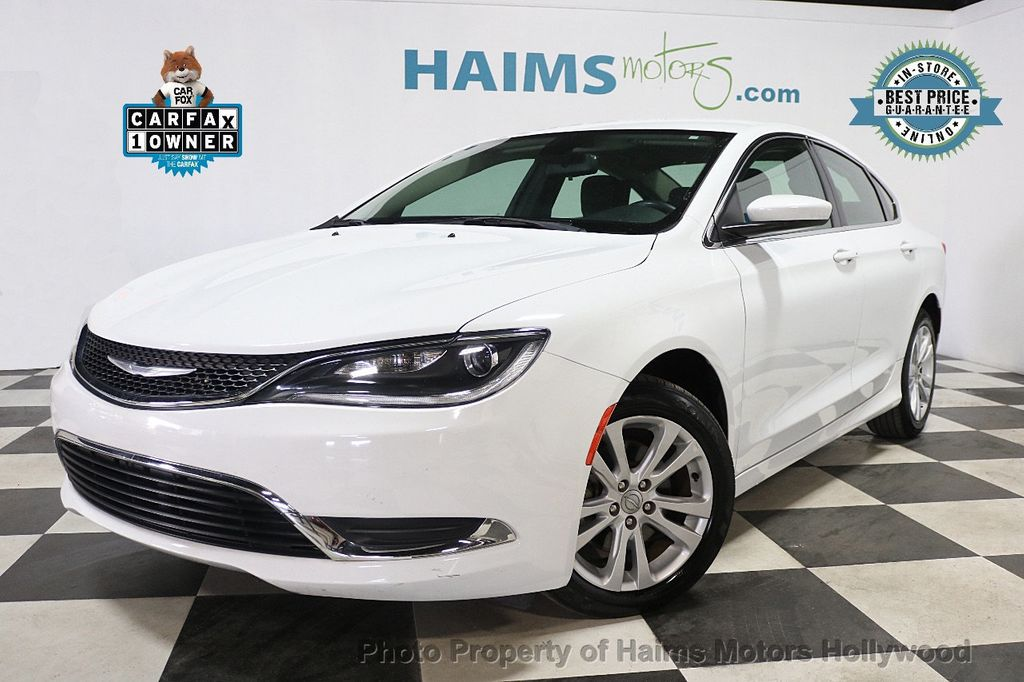 2015 Chrysler 200 4dr Sedan Limited FWD - 17962541 - 0