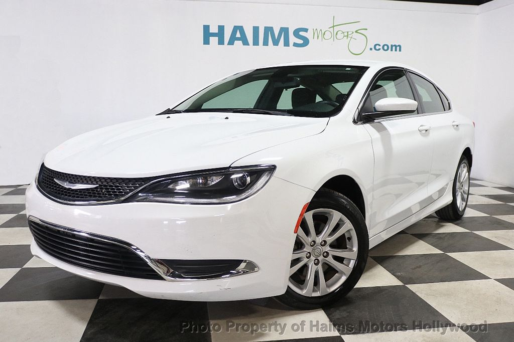 2015 Chrysler 200 4dr Sedan Limited FWD - 17962541 - 1