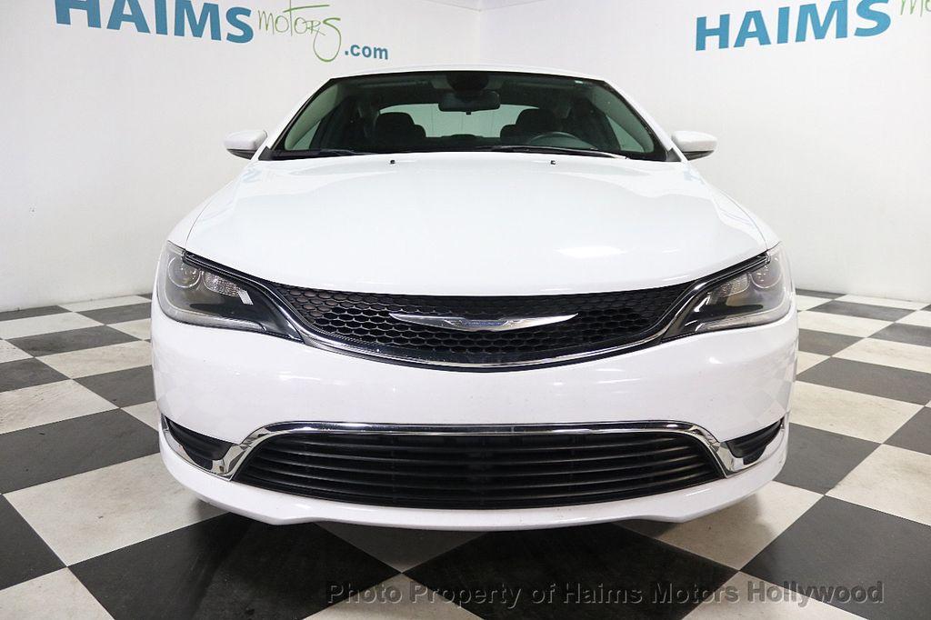 2015 Chrysler 200 4dr Sedan Limited FWD - 17962541 - 2
