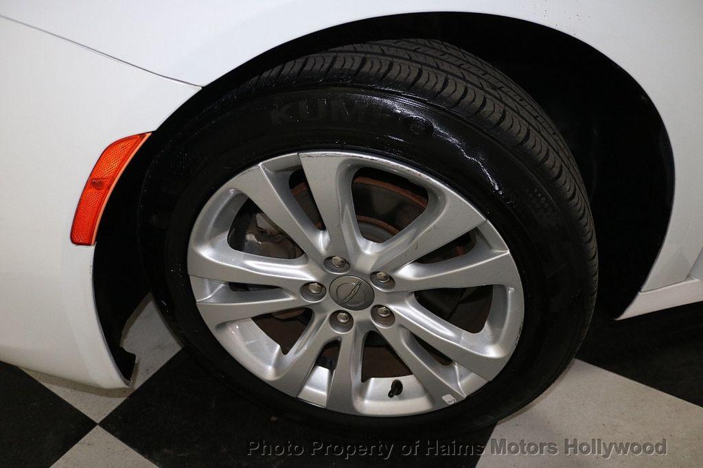 2015 Chrysler 200 4dr Sedan Limited FWD - 17962541 - 30