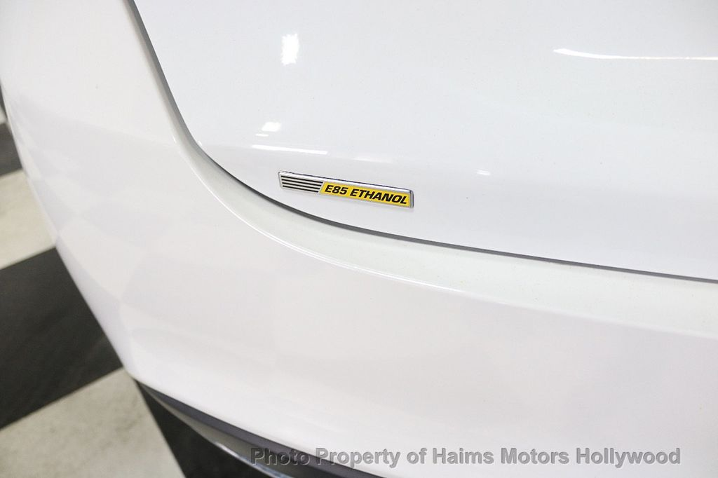 2015 Chrysler 200 4dr Sedan Limited FWD - 17962541 - 8
