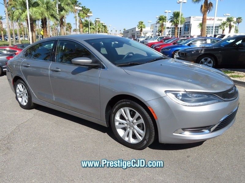 2015 Chrysler 200 4dr Sedan Limited FWD - 16784401 - 2