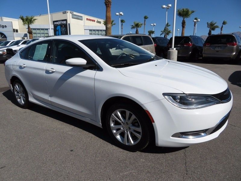 2015 Chrysler 200 4dr Sedan Limited FWD - 16891236 - 2