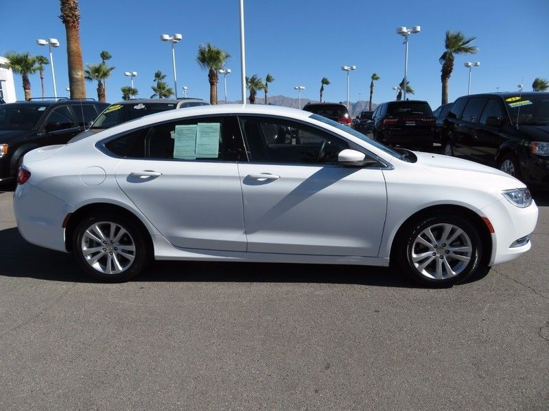 2015 Chrysler 200 4dr Sedan Limited FWD - 16891236 - 3