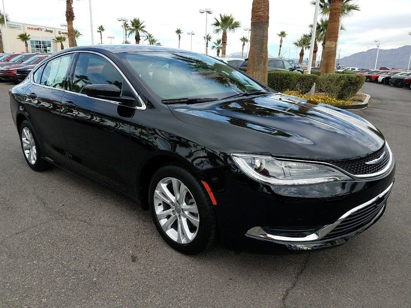 2015 Chrysler 200 4dr Sedan Limited FWD - 17002660 - 2