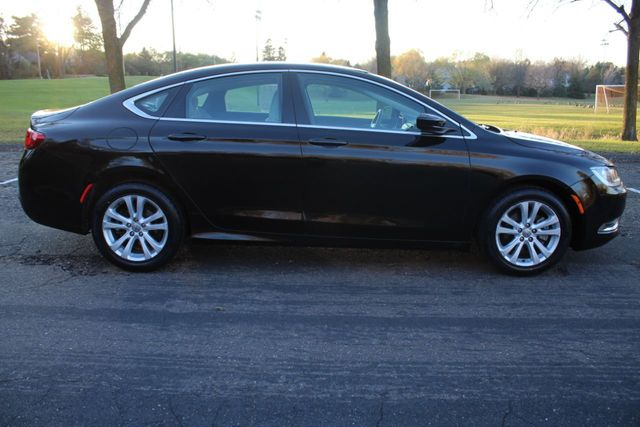 2015 Chrysler 200 ONE OWNER LIMITED  - Click to see full-size photo viewer