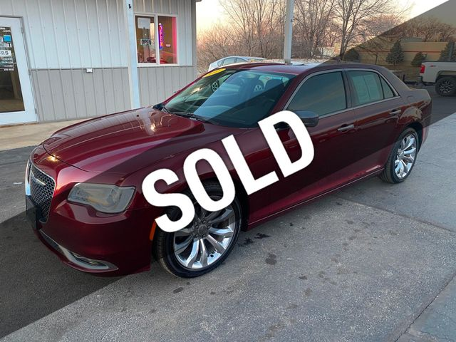 Used Chrysler 300 >> 2015 Used Chrysler 300 4dr Sedan 300c Rwd At L L Auto Sales And Service Serving Carlock Il Iid 19561575