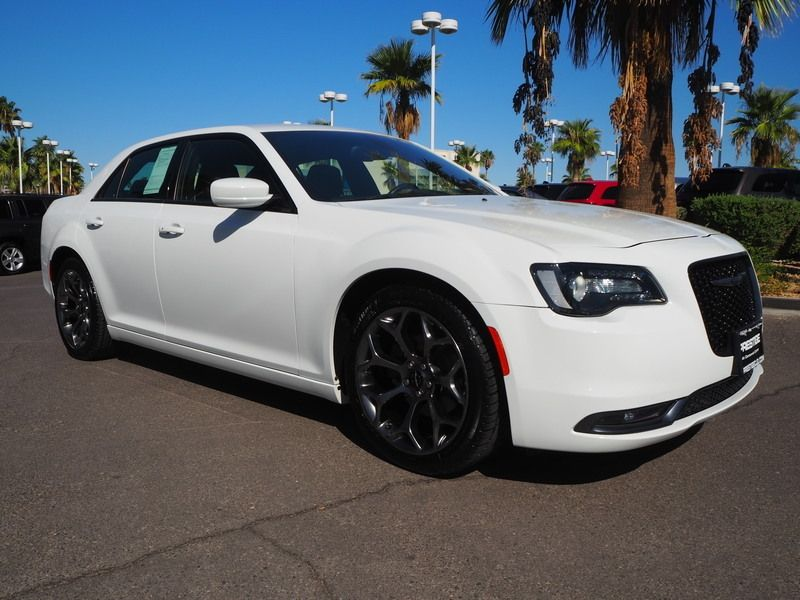 2015 Chrysler 300 4dr Sedan 300S RWD - 18046381 - 2