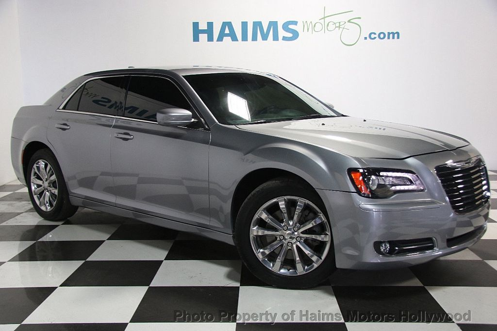 2015 Chrysler 300 4dr Sedan Limited AWD - 17029053 - 2