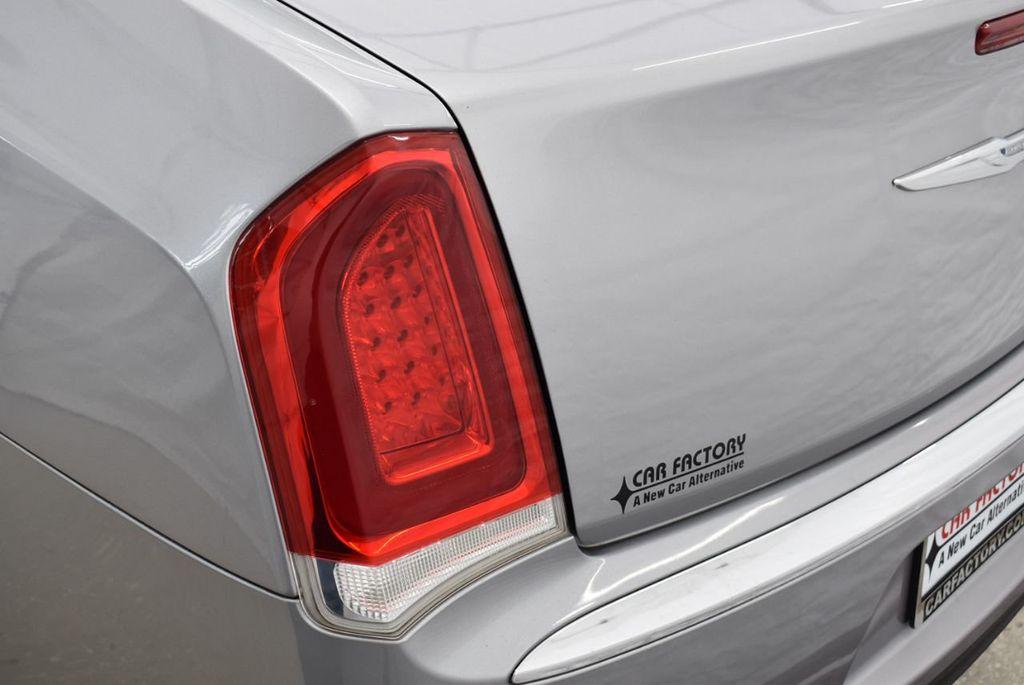 2015 Chrysler 300 4dr Sedan Limited RWD - 18550626 - 4