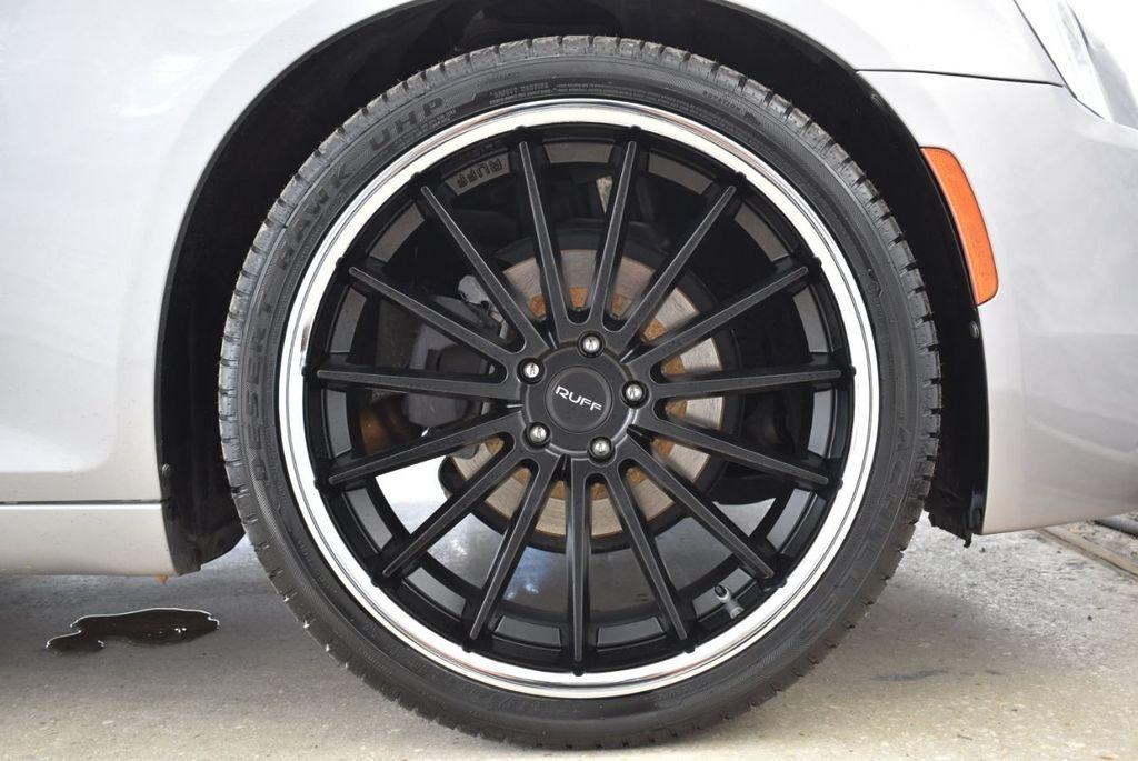 2015 Chrysler 300 4dr Sedan Limited RWD - 18550626 - 6