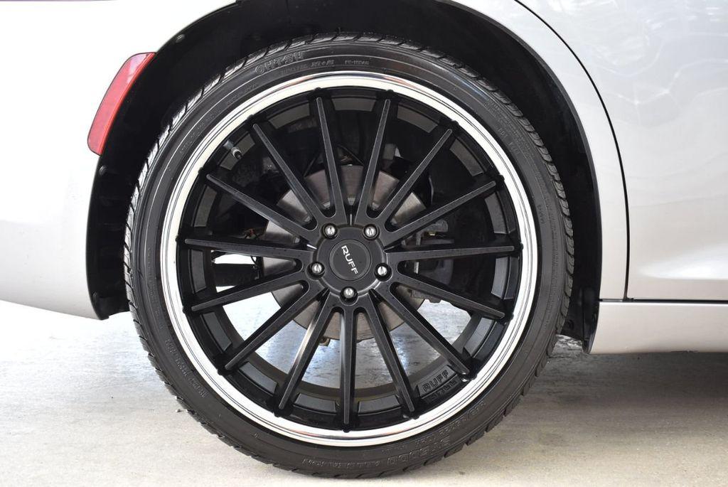2015 Chrysler 300 4dr Sedan Limited RWD - 18550626 - 7
