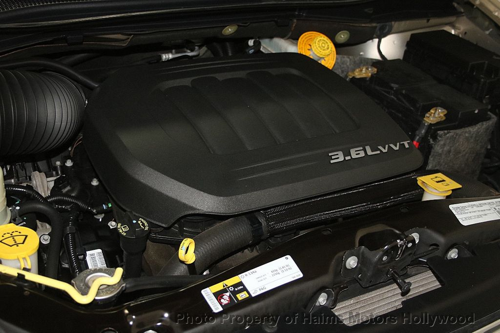 2015 Chrysler Town & Country 4dr Wagon Touring - 17426298 - 37