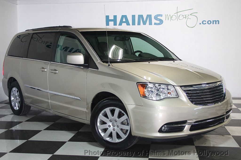 2015 Chrysler Town & Country 4dr Wagon Touring - 17426298 - 3