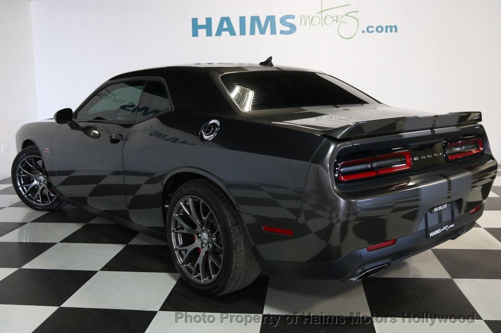 2015 Dodge Challenger 2dr Coupe SRT 392 - 17517286 - 4