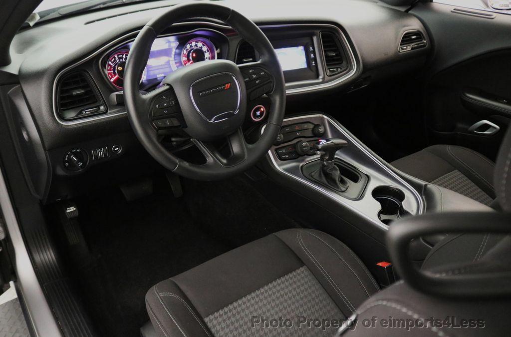 2015 Dodge Challenger CERTIFIED CHALLENGER SXT SUNROOF - 18006911 - 31