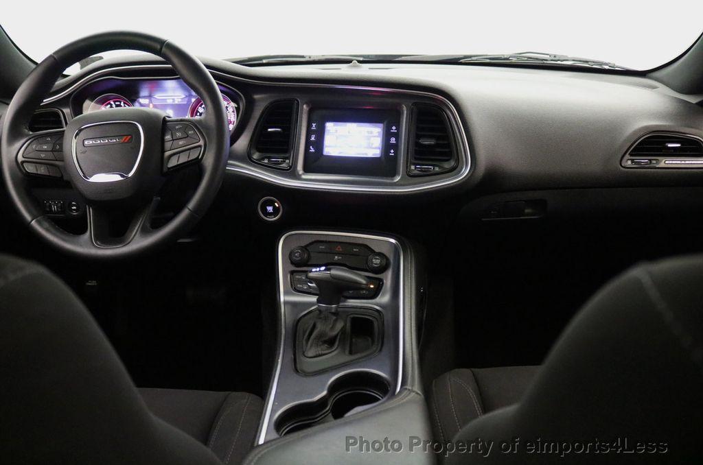 2015 Dodge Challenger CERTIFIED CHALLENGER SXT SUNROOF - 18006911 - 32