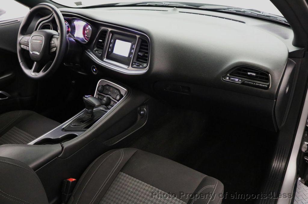 2015 Dodge Challenger CERTIFIED CHALLENGER SXT SUNROOF - 18006911 - 33
