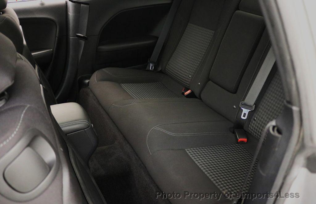 2015 Dodge Challenger CERTIFIED CHALLENGER SXT SUNROOF - 18006911 - 34