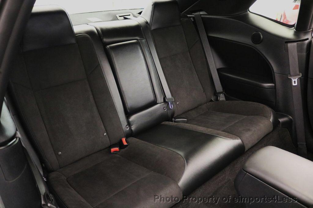 2015 Dodge Challenger CERTIFIED R/T SCAT PACK HEMI 6 SPEED SUNROOF NAVI - 17906801 - 39