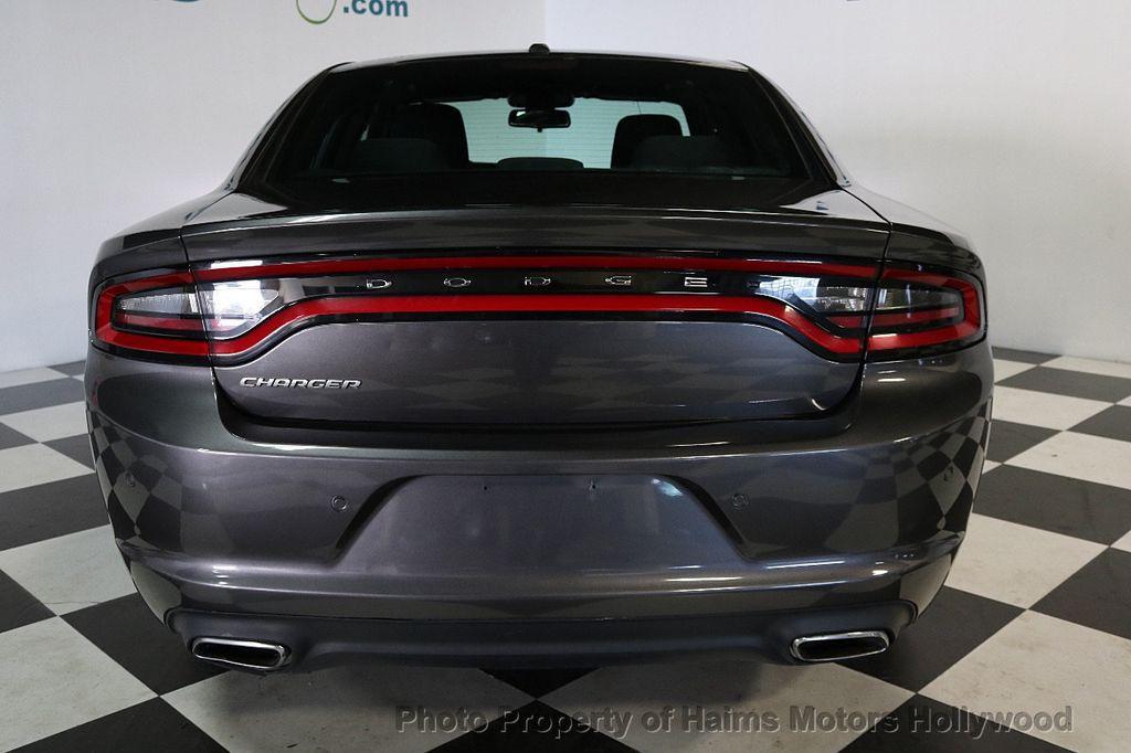 2015 Dodge Charger 4dr Sedan SE RWD - 17667702 - 5