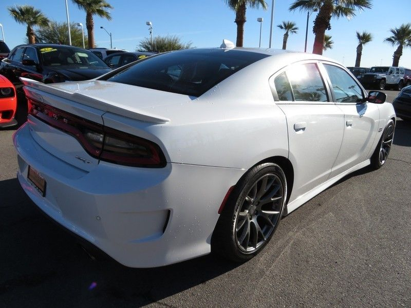 2015 Dodge Charger 4dr Sedan SRT 392 RWD - 17170523 - 14