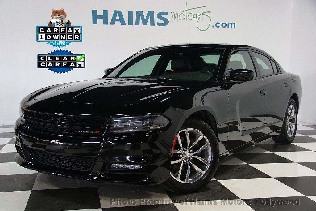 2015 Dodge Charger 4dr Sedan SXT RWD - 16932883 - 1