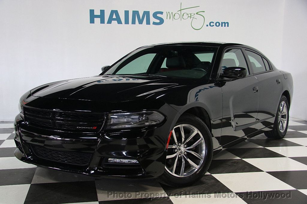 2015 Dodge Charger 4dr Sedan SXT RWD - 16932883 - 2