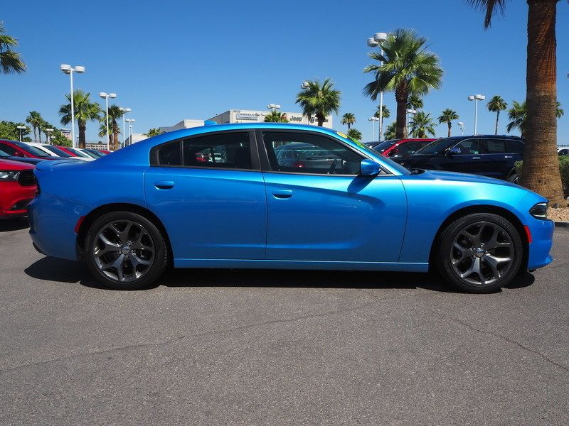 2015 Dodge Charger 4dr Sedan SXT RWD - 17582681 - 3
