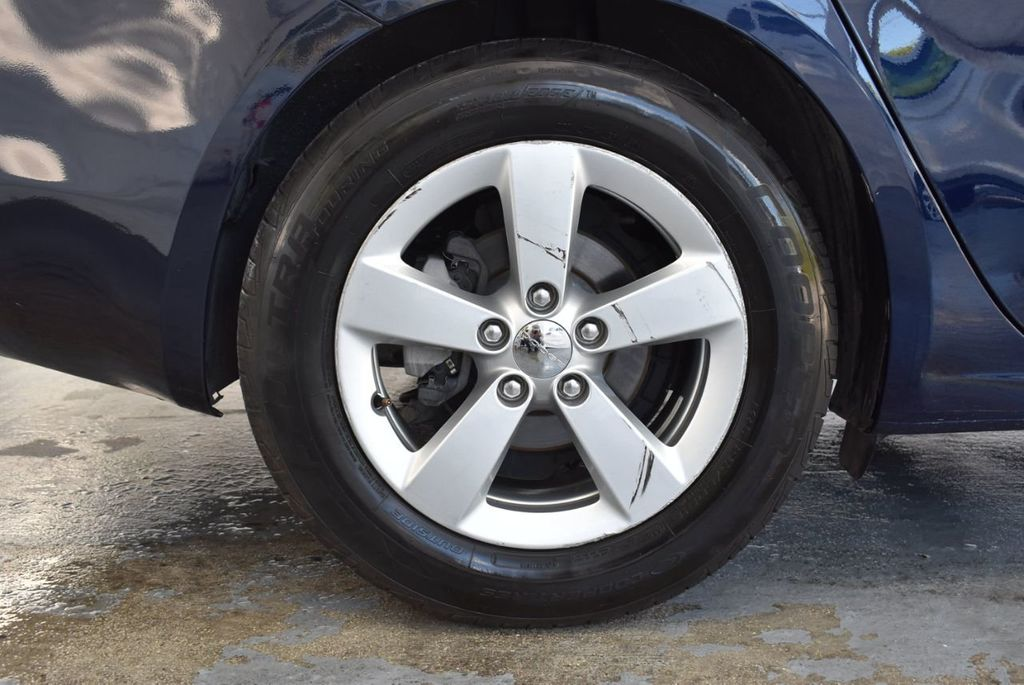 2015 Dodge Dart 4dr Sedan SXT - 18028262 - 9