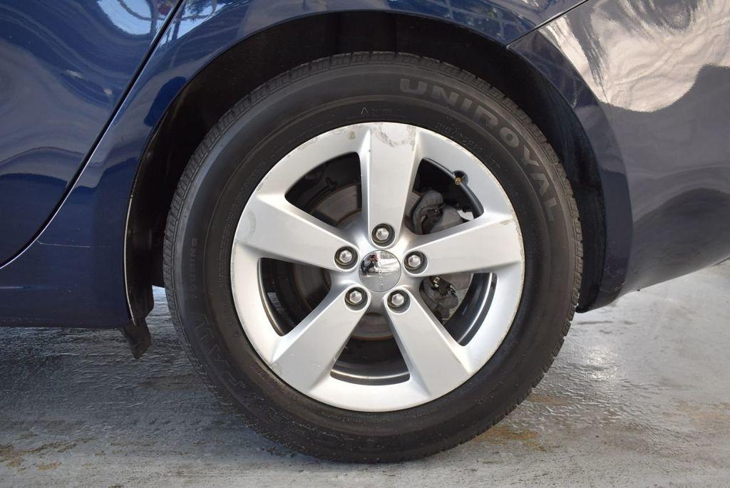 2015 Dodge Dart 4dr Sedan SXT - 18028262 - 10