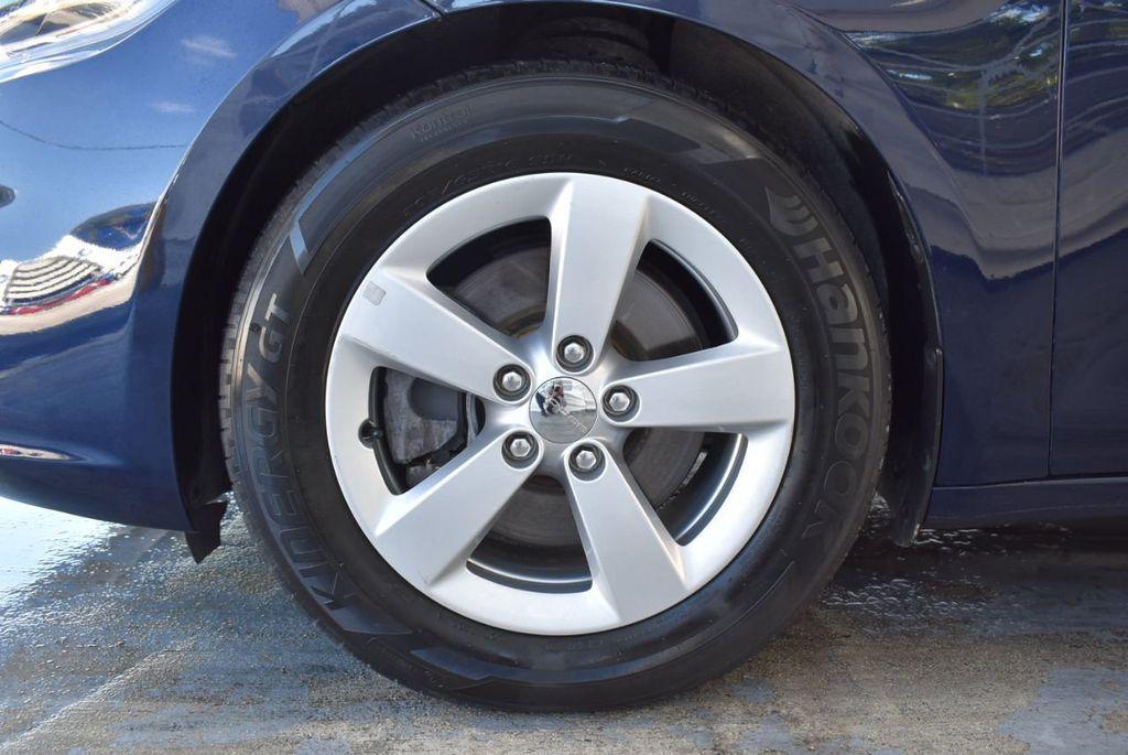 2015 Dodge Dart 4dr Sedan SXT - 18028262 - 11