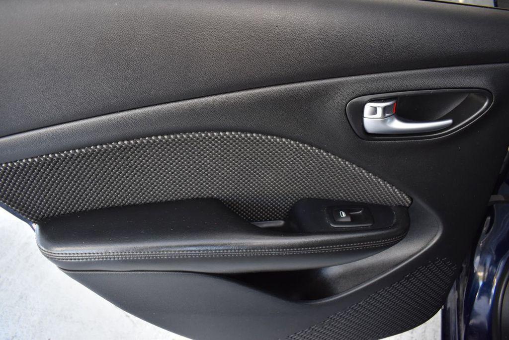 2015 Dodge Dart 4dr Sedan SXT - 18028262 - 13